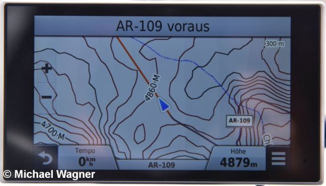GPS 4879m